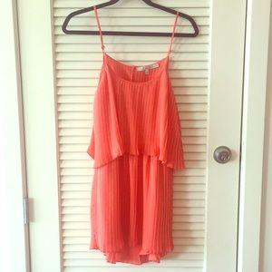 LIKE NEW Lovers + Friends Open Back Pleated Dress